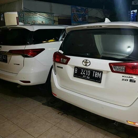 Sewa Mobil Di Jakarta Pusat 081285092594