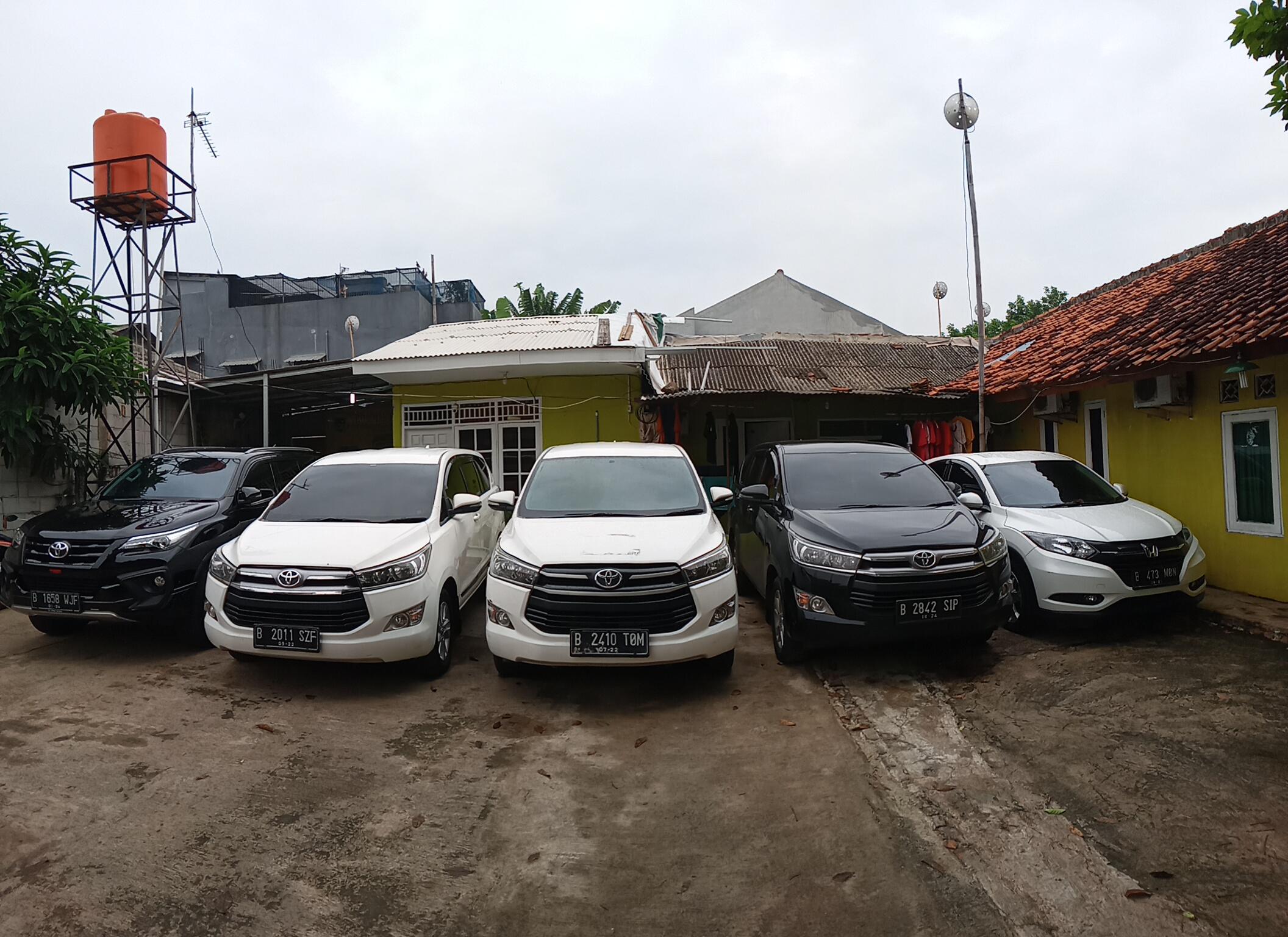 Rental Mobil Murah Lepas Kunci Pondok Kopi